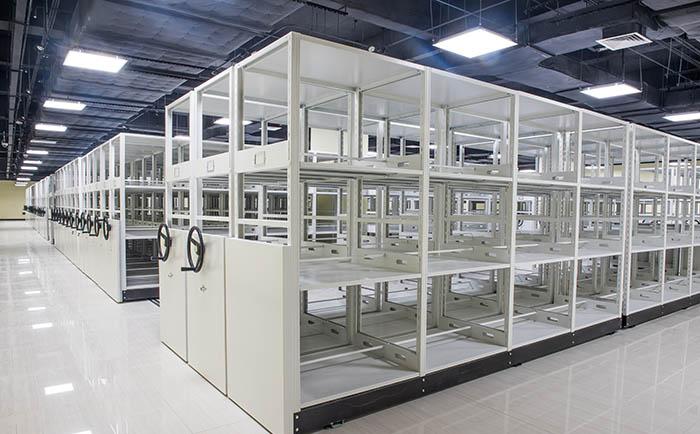广州精雕汽车设备制造有限公司采购手动密集货架项目
