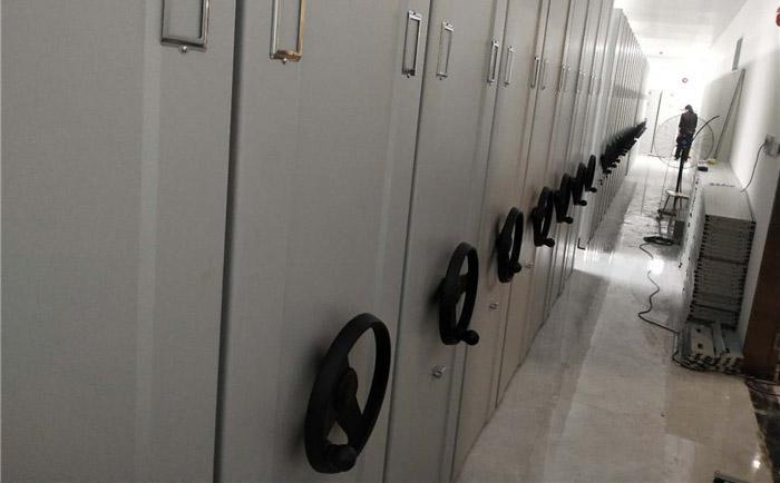 四川省甘孜藏族自治州雅江县呷拉镇初级中学移动式档案密集架和通行匝道等设备采购项目